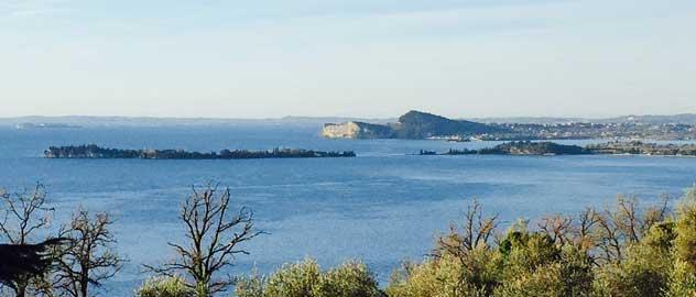 Isola Garda Blick von Maclino besucht mit Candice Cooper Schuhe